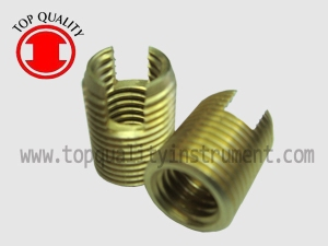 SELF TAPPING - SLOTTED-BRASS-tq
